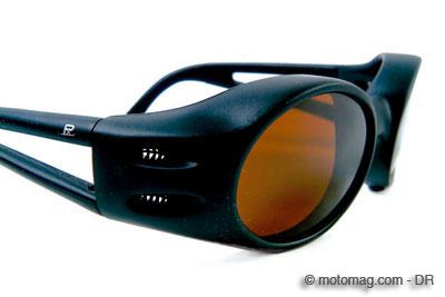 choisir ses lunettes de soleil pour la moto. Black Bedroom Furniture Sets. Home Design Ideas