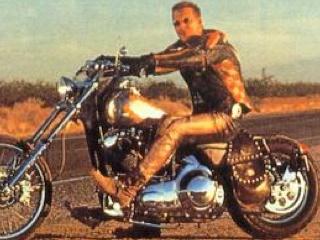 Harley Davidson Et L Homme Aux Santiags D