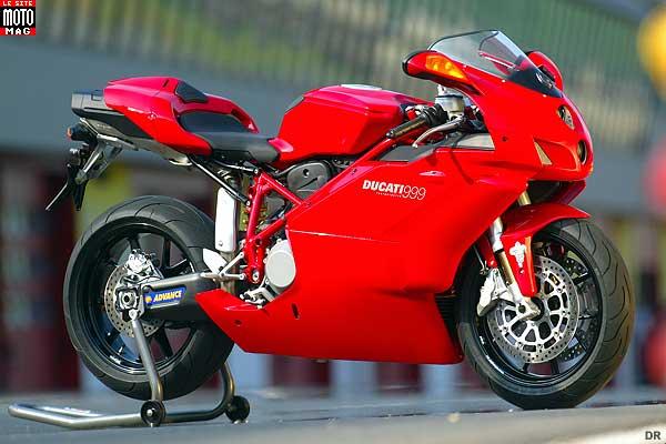 ducati 999 superbike b moto magazine leader de l actualit de la moto et du motard. Black Bedroom Furniture Sets. Home Design Ideas