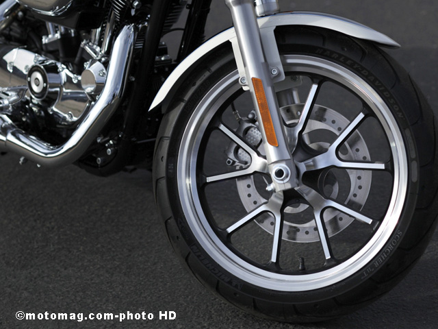 Harley SuperLow 1200T : joli design