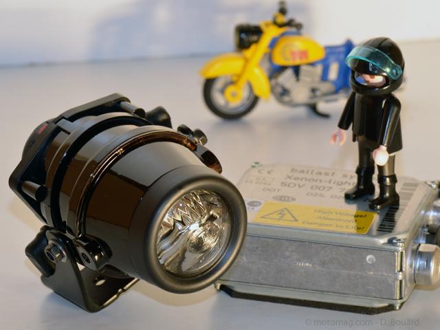 éclairage Trekker Lights avec E-Autorisation GIVI s310 Halogène complémentaire phares