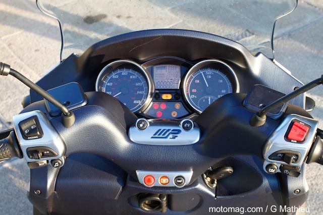 piaggio mp3 300 lt hybrid moto magazine leader de l actualit de la moto et du motard. Black Bedroom Furniture Sets. Home Design Ideas
