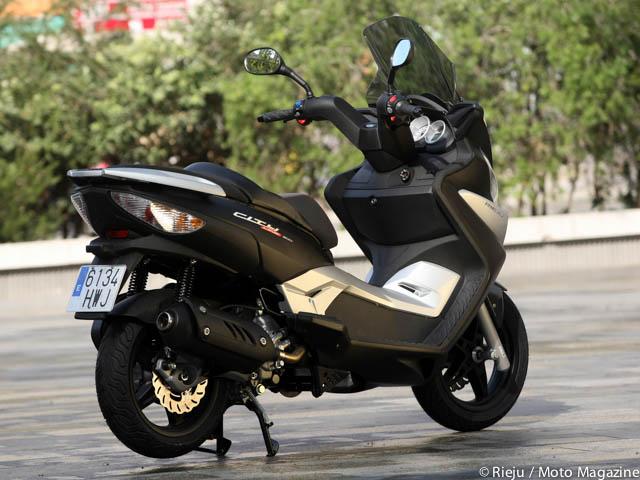 rieju city line 300 l 39 alternative espagnole moto magazine leader de l actualit de la moto. Black Bedroom Furniture Sets. Home Design Ideas