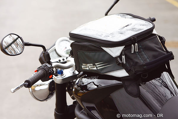 Triumph Speed Triple 1050 Moto Magazine Leader De Lactualité De