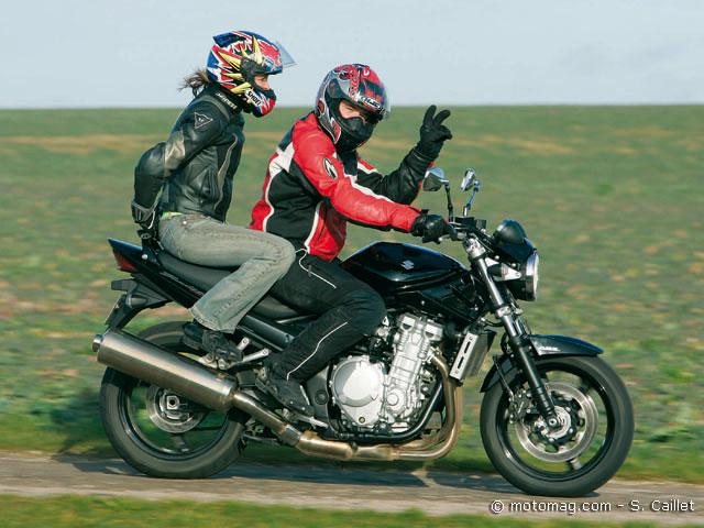 comparatif suzuki gsf 1250 bandit n yamaha 1000 fz1 moto magazine leader de l. Black Bedroom Furniture Sets. Home Design Ideas