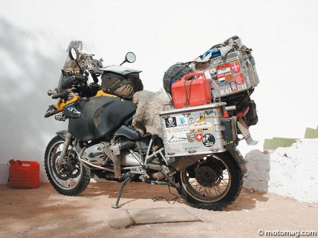 un tour du monde en moto g n ralit s. Black Bedroom Furniture Sets. Home Design Ideas