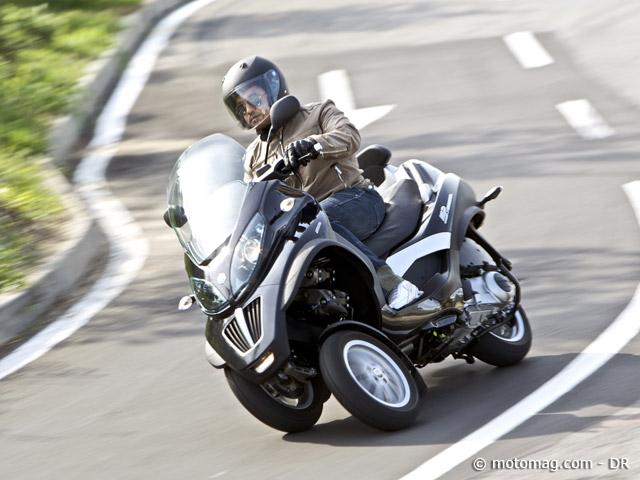 essai piaggio mp3 lt 250 et 400 cm3 pour automobilistes moto magazine leader de l. Black Bedroom Furniture Sets. Home Design Ideas