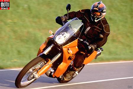 ktm 950 adventure s moto magazine leader de l actualit de la moto et du motard. Black Bedroom Furniture Sets. Home Design Ideas
