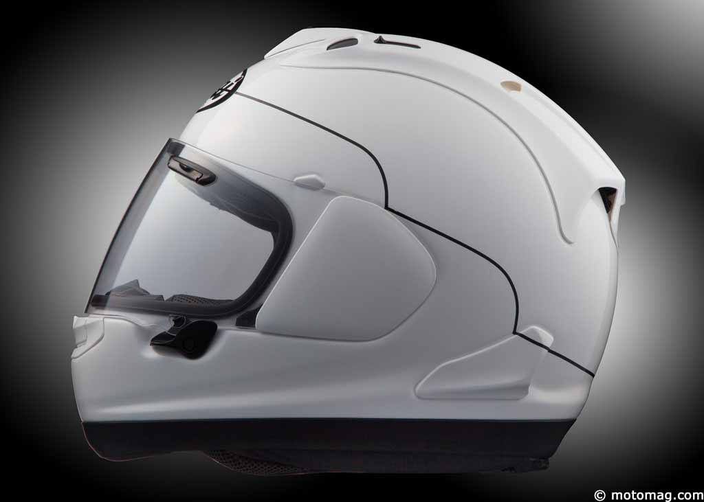 essai exclusif du casque arai rx 7v l obsession de la moto magazine leader de l. Black Bedroom Furniture Sets. Home Design Ideas