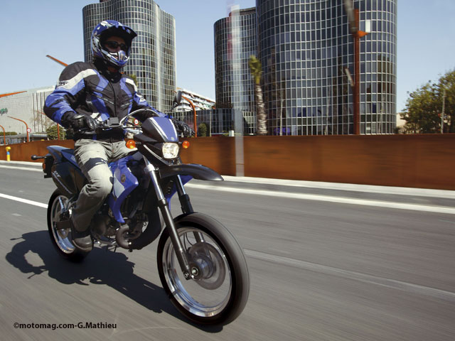 mutuelle des motards urban scoot l 39 assurance 50cm3 des moto magazine leader de l. Black Bedroom Furniture Sets. Home Design Ideas