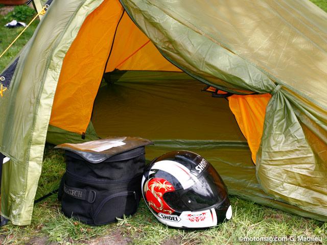 camping et moto emporter petit pour de grands moto magazine leader de l actualit de. Black Bedroom Furniture Sets. Home Design Ideas