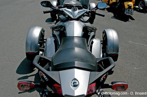 can am spyder 1000 sm5 moto magazine leader de l actualit de la moto et du motard. Black Bedroom Furniture Sets. Home Design Ideas
