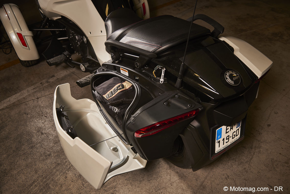 Can-Am Spyder F3T : valises étroites