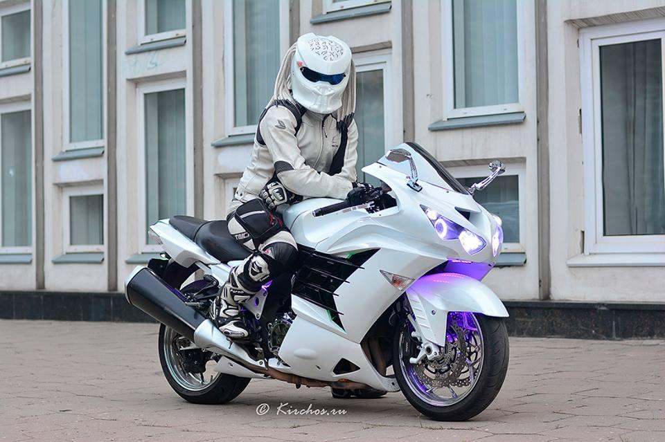 Casque De Moto Predator des casques pour rouler différent, très différent… - moto magazine