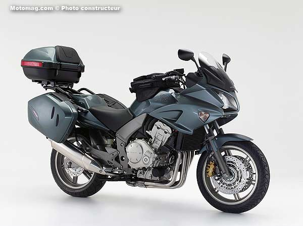 honda 1000 cbf moto magazine leader de l actualit de la moto et du motard. Black Bedroom Furniture Sets. Home Design Ideas