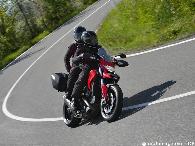 ducati 821 hyperstrada fausse gt vraie joueuse moto magazine leader de l actualit. Black Bedroom Furniture Sets. Home Design Ideas