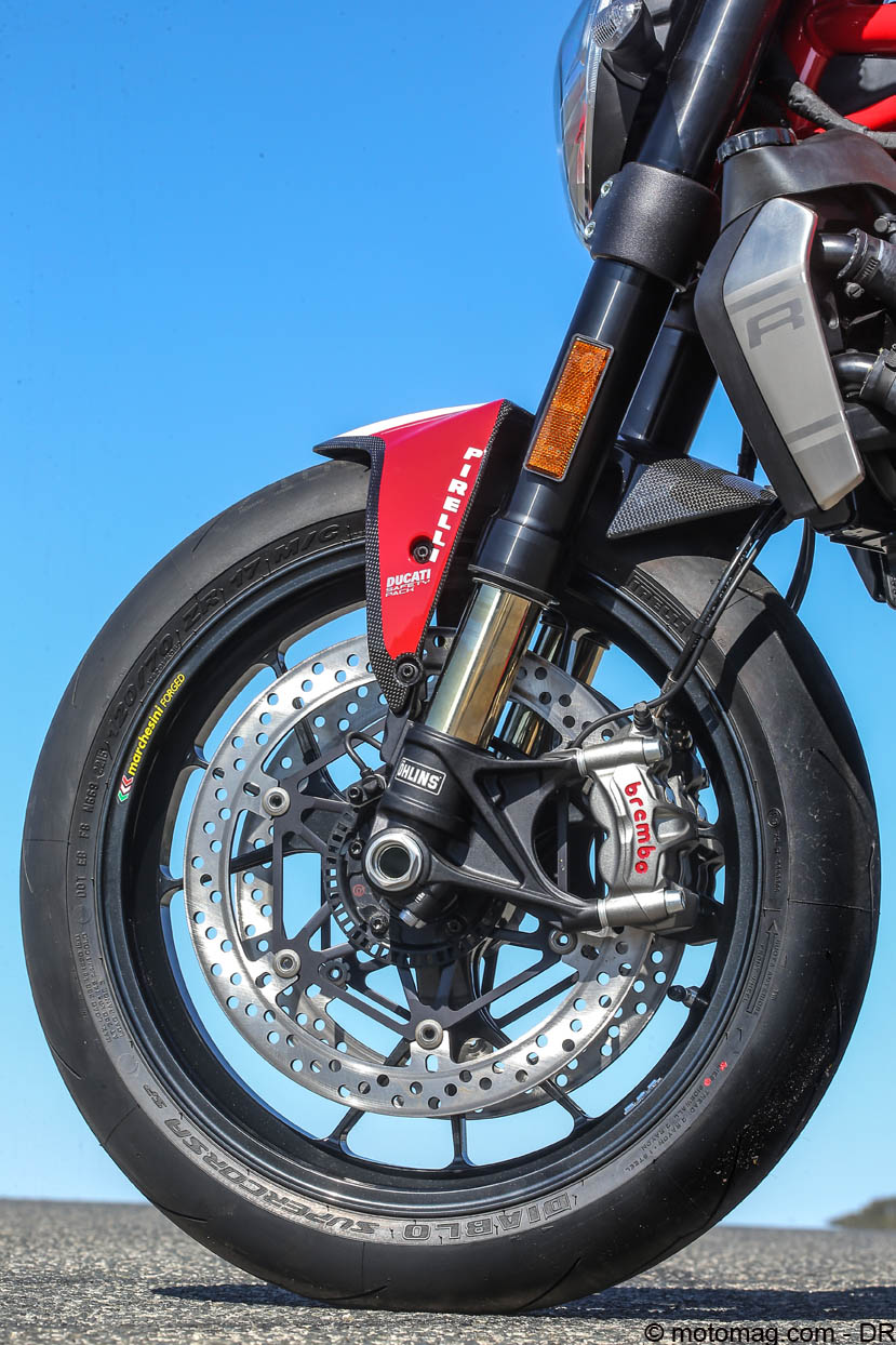 Ducati Monster 1200 R : suspensions Öhlins