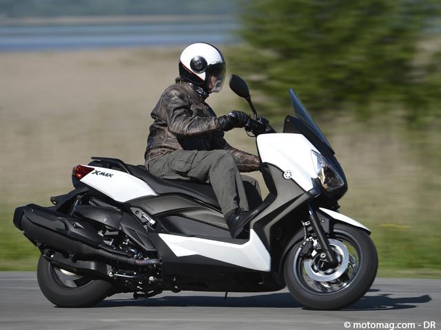 yamaha 400 x max fermement comp titif moto magazine leader de l actualit de la moto et du. Black Bedroom Furniture Sets. Home Design Ideas