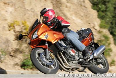 moto en voiture les femmes sont moins dangereuses motomag le site de moto magazine. Black Bedroom Furniture Sets. Home Design Ideas