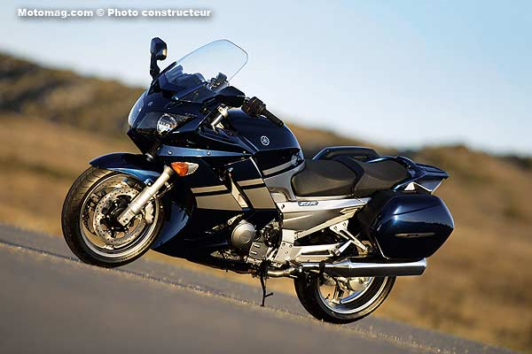 yamaha 1300 fjr as et s moto magazine leader de l actualit de la moto et du motard. Black Bedroom Furniture Sets. Home Design Ideas