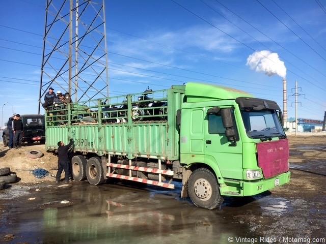 Frozen ride : road trip en side-car en Mongolie avec Sylvain Tesson