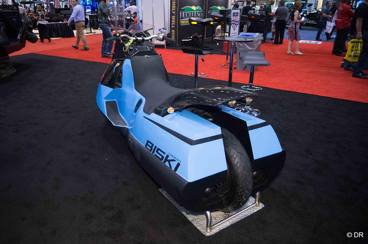 et voici biski la moto amphibie moto magazine leader de l actualit de la moto et du motard. Black Bedroom Furniture Sets. Home Design Ideas