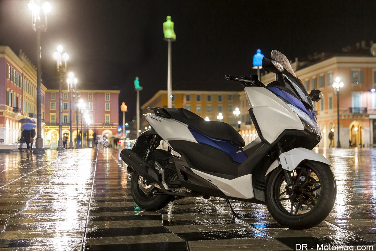 honda forza 125 rupture sur la ligne moto magazine leader de l actualit de la moto et du. Black Bedroom Furniture Sets. Home Design Ideas
