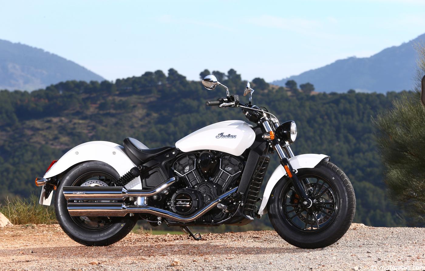 essai indian scout sixty le custom facile moto magazine leader de l actualit de la moto. Black Bedroom Furniture Sets. Home Design Ideas