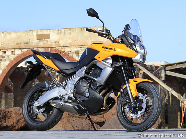 essai kawasaki 650 versys moto magazine leader de l actualit de la moto et du motard. Black Bedroom Furniture Sets. Home Design Ideas