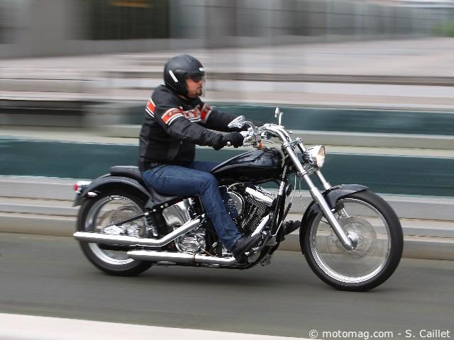 knievel 1340 commemorative bobber moto magazine leader de l actualit de la moto et du motard. Black Bedroom Furniture Sets. Home Design Ideas