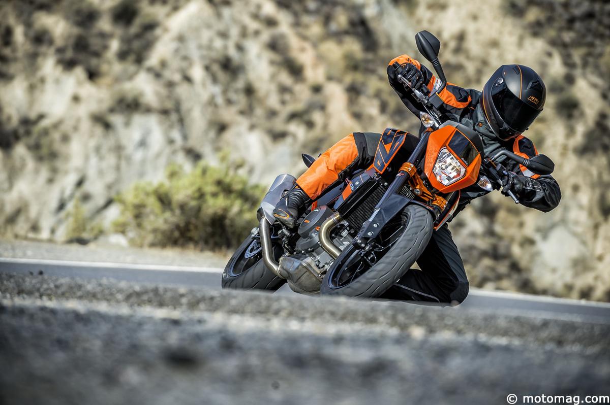 nouveaut moto 2016 ktm 690 duke et duke r moto magazine leader de l actualit de la moto. Black Bedroom Furniture Sets. Home Design Ideas