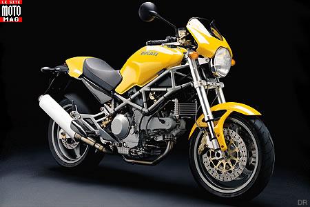ducati monster 1000 s moto magazine leader de l actualit de la moto et du motard. Black Bedroom Furniture Sets. Home Design Ideas