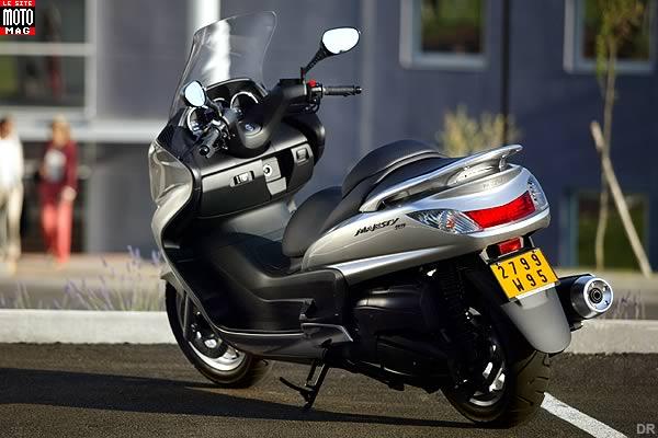 yamaha 400 majesty moto magazine leader de l actualit de la moto et du motard. Black Bedroom Furniture Sets. Home Design Ideas