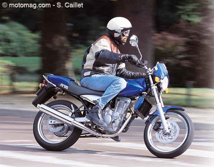 mz 125 rt classic sport moto magazine leader de l. Black Bedroom Furniture Sets. Home Design Ideas