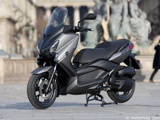 yamaha x max 125 mbk evolis 2014 toujours au moto magazine leader de l actualit. Black Bedroom Furniture Sets. Home Design Ideas