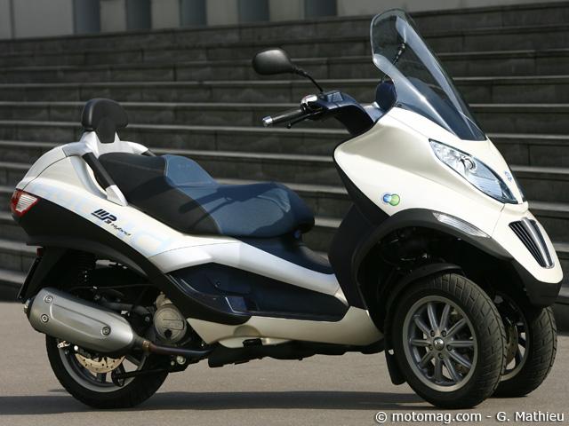 piaggio 125 mp3 hybrid moto magazine leader de l. Black Bedroom Furniture Sets. Home Design Ideas