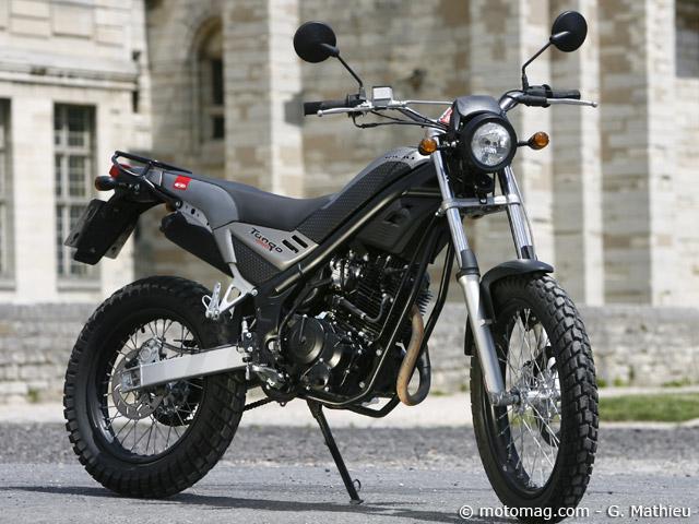 rieju 250 tango moto magazine leader de l actualit de la moto et du motard. Black Bedroom Furniture Sets. Home Design Ideas