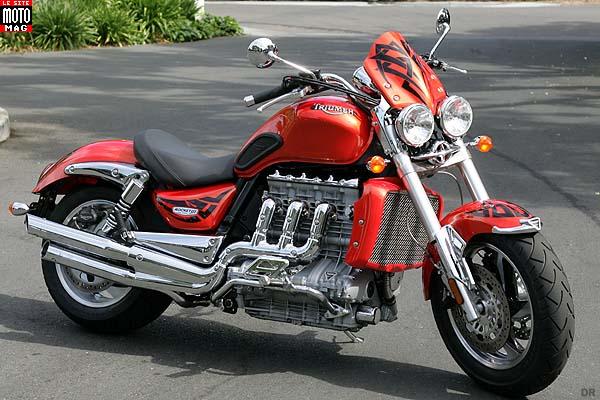 triumph 2300 rocket iii moto magazine leader de l actualit de la moto et du motard. Black Bedroom Furniture Sets. Home Design Ideas