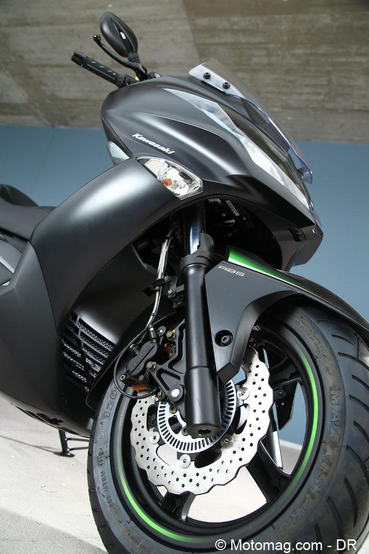 scooter kawasaki j125 acte de pr sence moto magazine leader de l actualit de la moto et. Black Bedroom Furniture Sets. Home Design Ideas