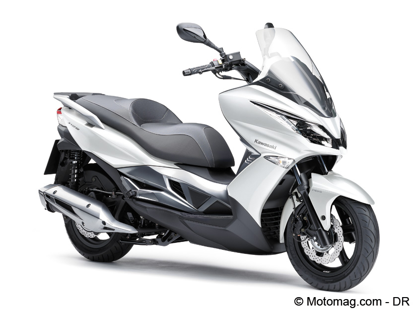 Scooter Kawasaki J125 en coloris blanc