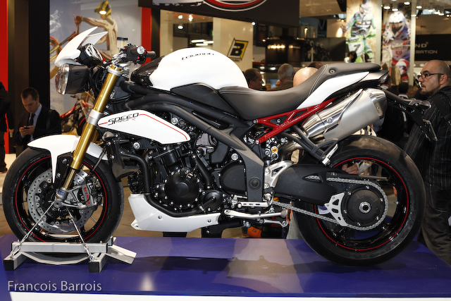 Milan-Triumph 1050 Speed Triple R : rouge et blanche