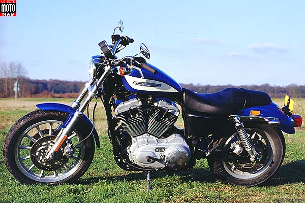 harley davidson sportster xl 1200 roadster moto magazine leader de l actualit de la moto et. Black Bedroom Furniture Sets. Home Design Ideas