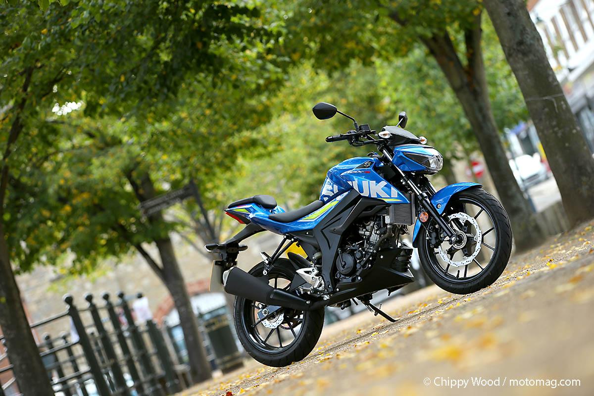 suzuki 125 gsx s le roadster malin moto magazine leader de l actualit de la moto et du motard. Black Bedroom Furniture Sets. Home Design Ideas