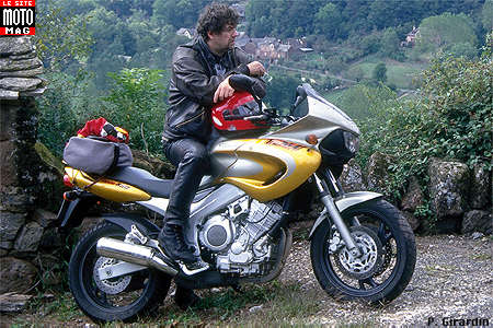 yamaha 850 tdm - moto magazine - leader de l'actualité de la moto
