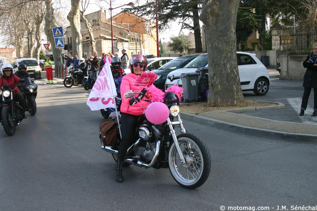 toutes en moto 2015 750 femmes moto et clermont l h rault moto magazine leader de l. Black Bedroom Furniture Sets. Home Design Ideas