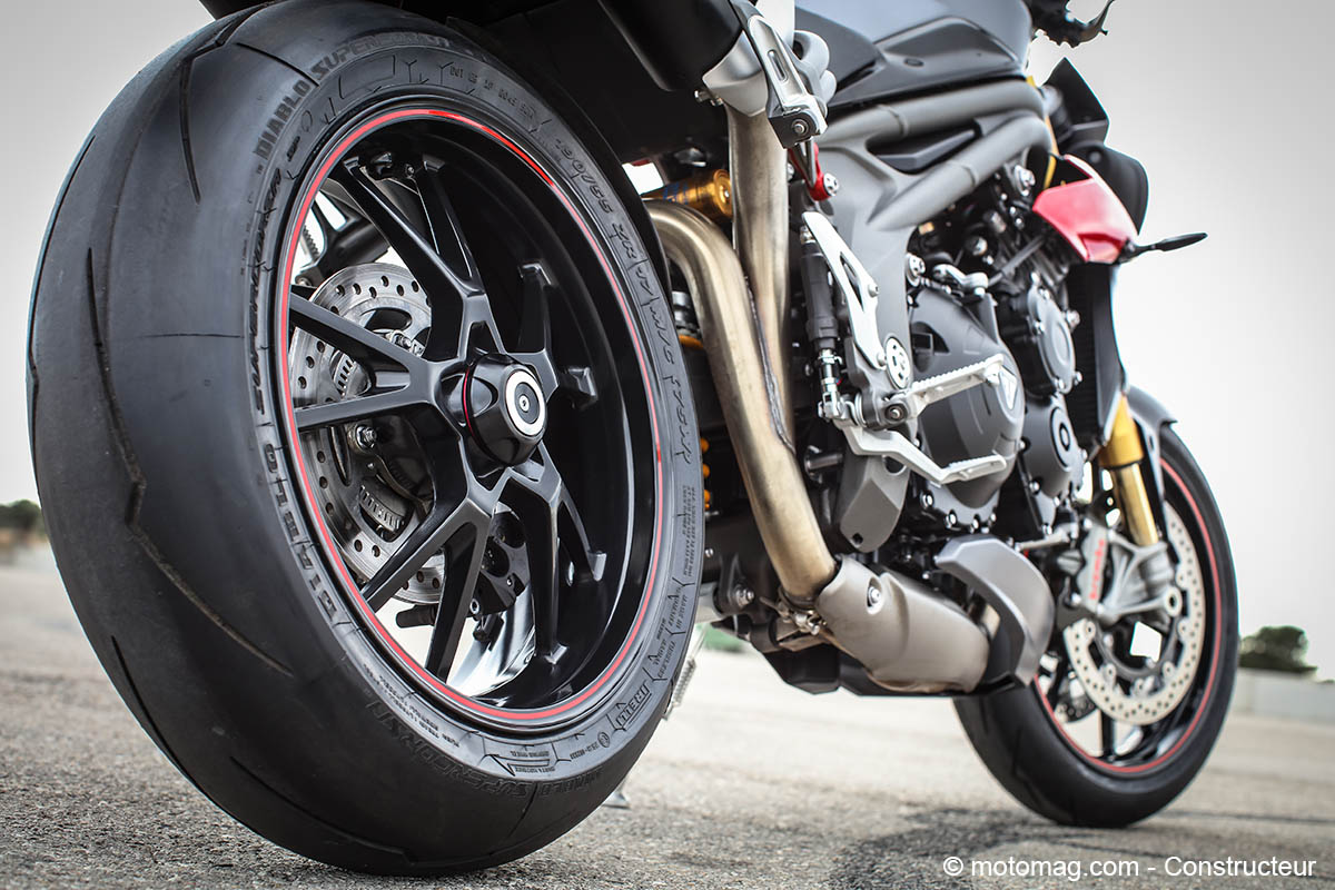 Triumph Speed Triple 1050 R : jolie jante alu