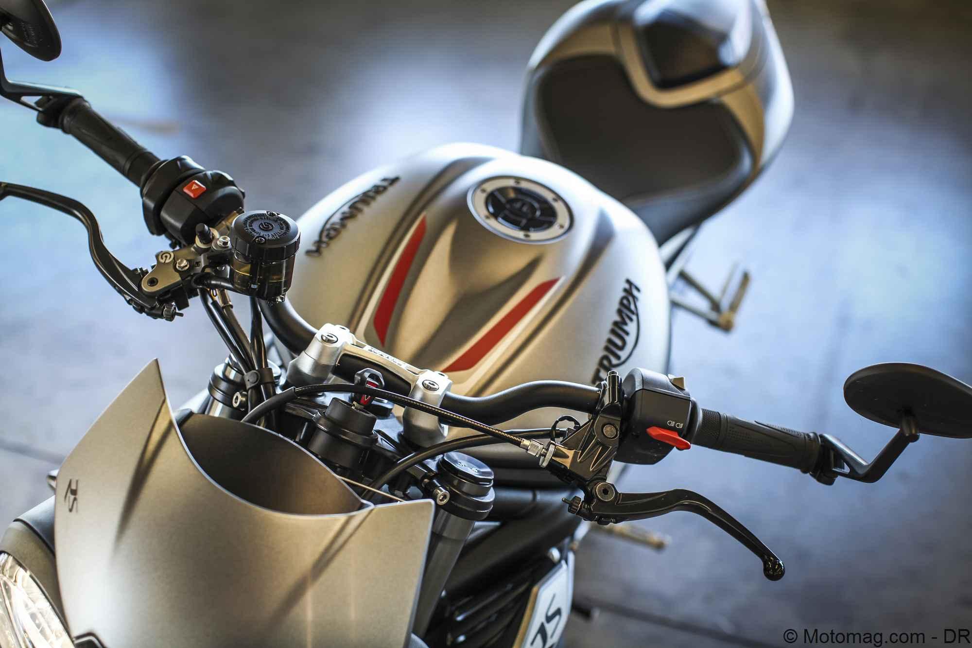 Triumph Street Triple 2017 Cest Du Lourd Moto Magazine