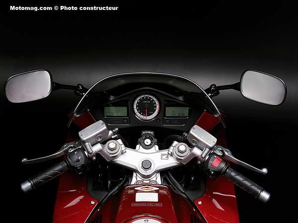 Honda 800 VFR - Moto Magazine - leader de l'actualité de ...