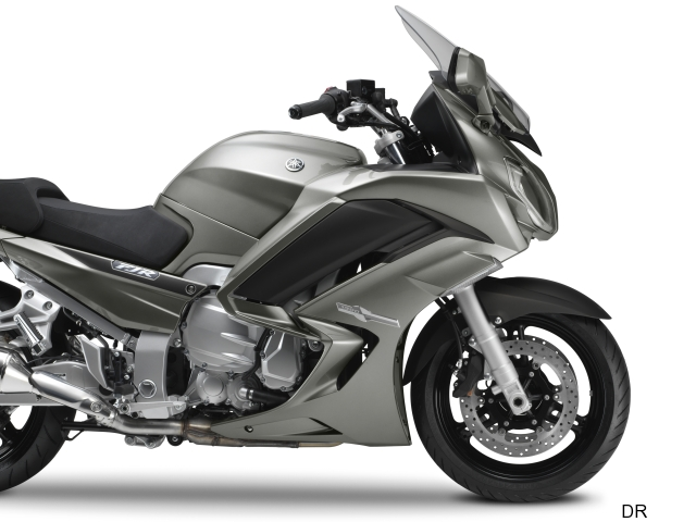 Yamaha FJR 1300 A : plus large