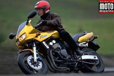 yamaha 600 fzs fazer moto magazine leader de l actualit de la moto et du motard. Black Bedroom Furniture Sets. Home Design Ideas